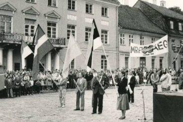 23. august –totalitaarsete ja autoritaarsete režiimide ohvrite mälestuspäev